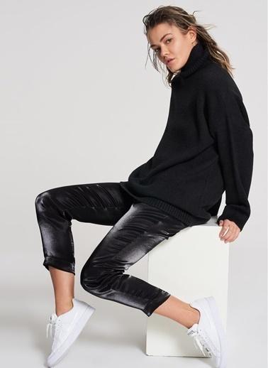 Pi π Metalik Pantolon Siyah